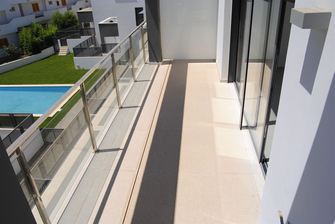 Modern penthouse in a new built apartment block close to all amenities in Siesta
