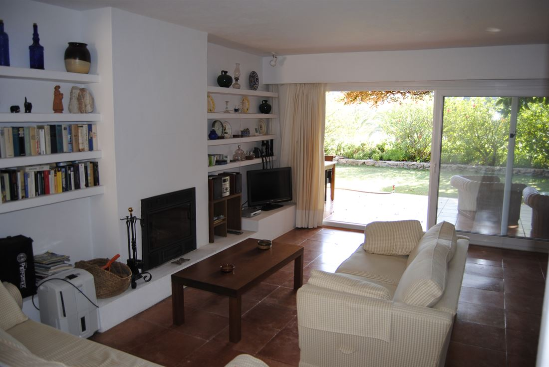 Bungalow-style house for sale in Roca Llisa
