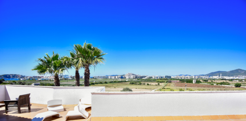 Nice six bedroom villa with pool for sale in Talamanca, Ibiza