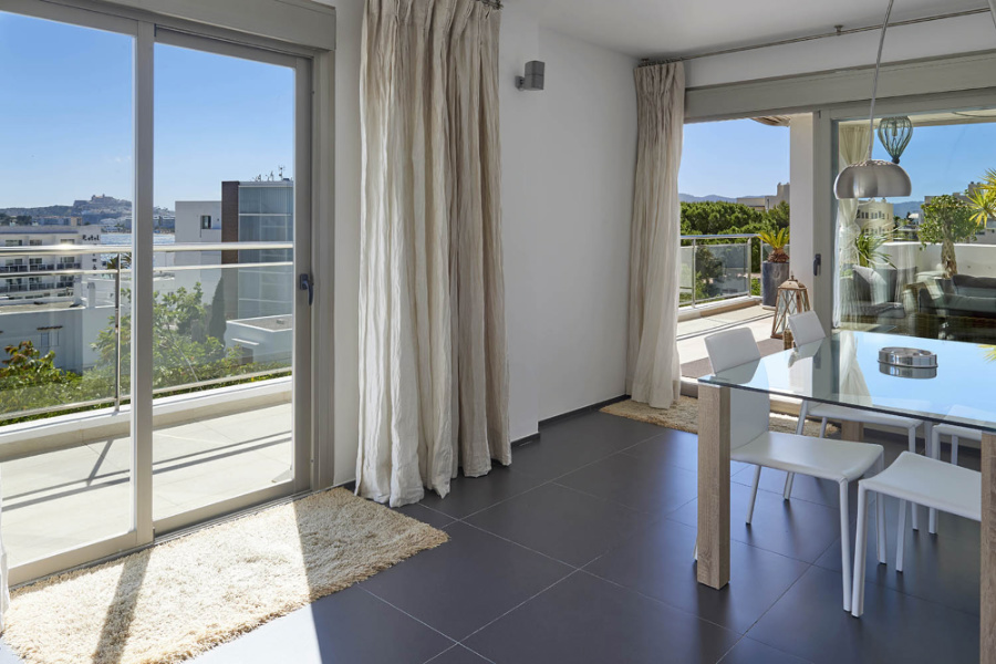 Wonderful flat with excellent views walking distance to the beach of Talamanca
