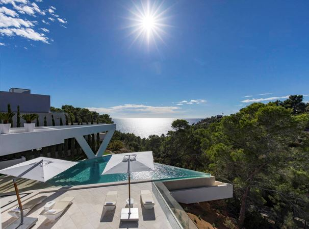 Minimalist luxury villa with beautiful sea views in the desirable area of Es Cubells