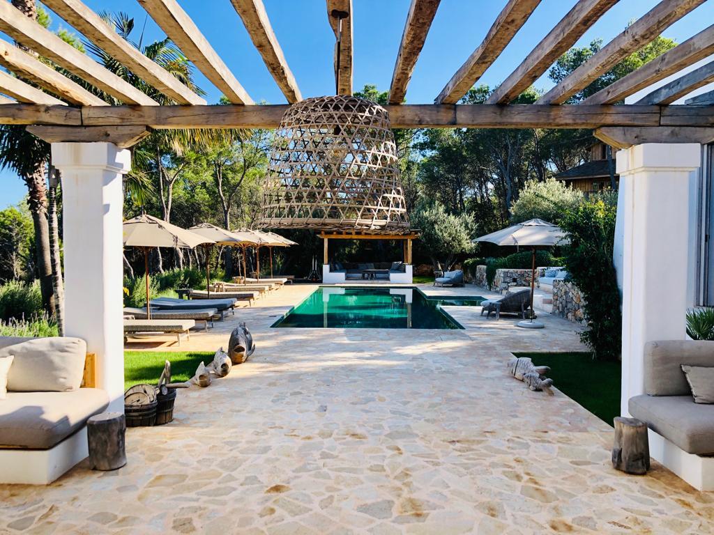 Exclusive newly build Blakstad villa in San Mateo