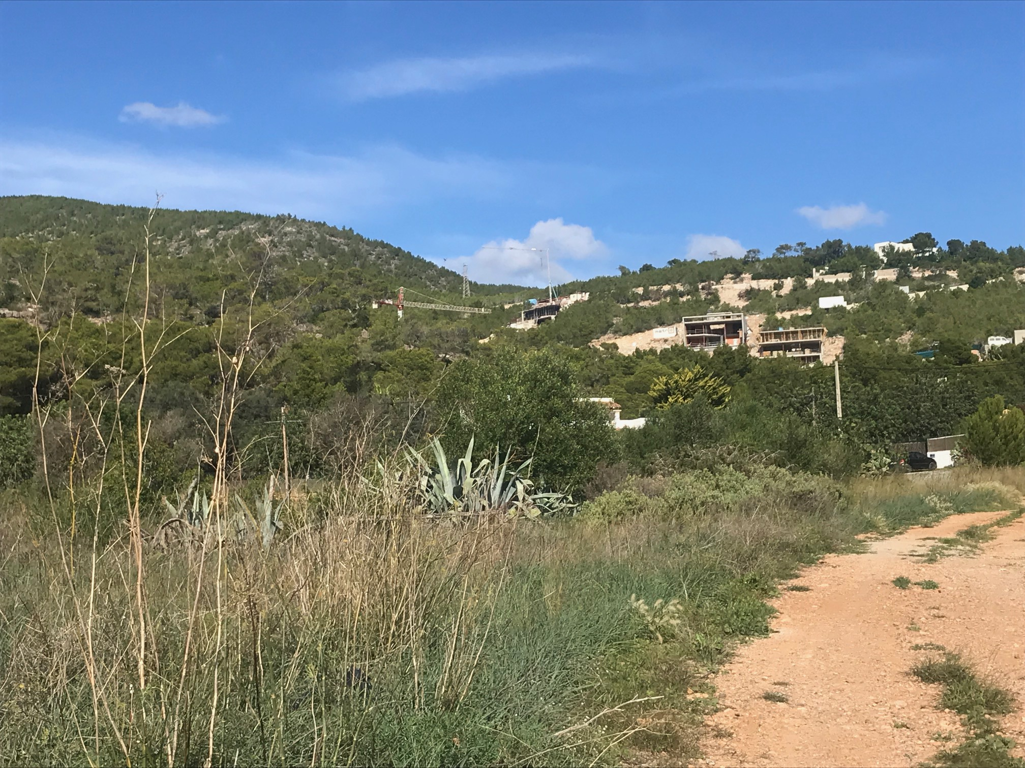Rustic Plot of 17.944 m2 with nice sea views in Ibiza centre