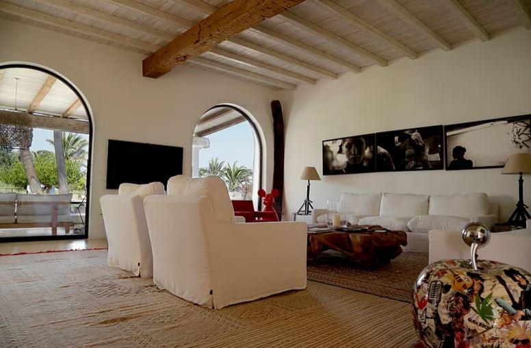 Luxurious restored finca near to Ibiza town