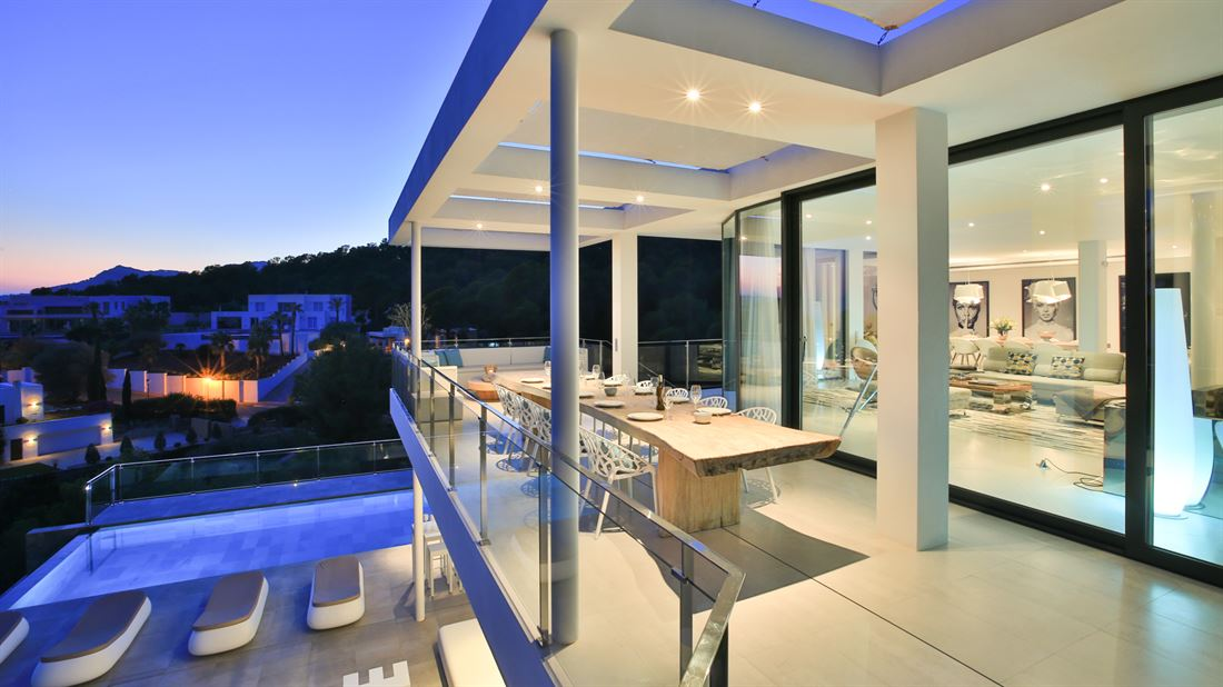 Brand new modern house with an excellent view at the sea in Vista Alegre