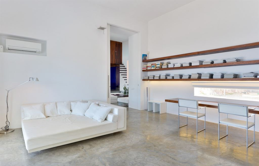Minimalistic villa with ocean views in the north of Ibiza for sale