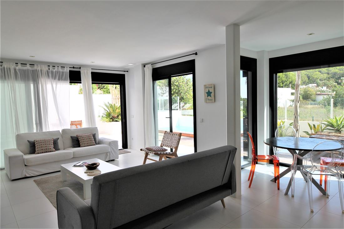 Apartment for sale with private pool in Ses Torres Talamanca