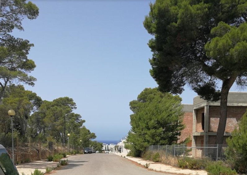 Land with licence to build 32 houses in Ibiza