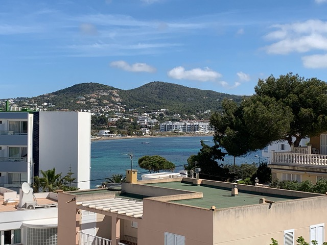 Spacious apartment near Talamanca for sale