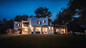 Beautiful house with amazing views near to Ibiza