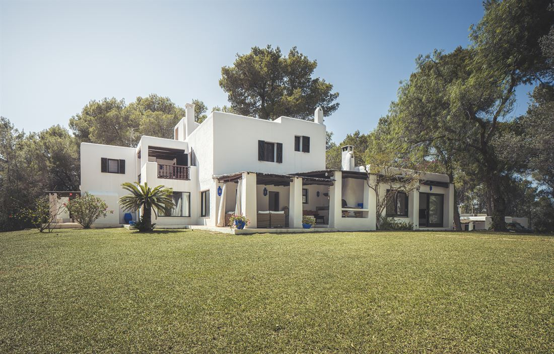 Beautiful house with amazing views near to Ibiza