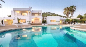 Ultimate holiday house in the heart of Cap Martinet