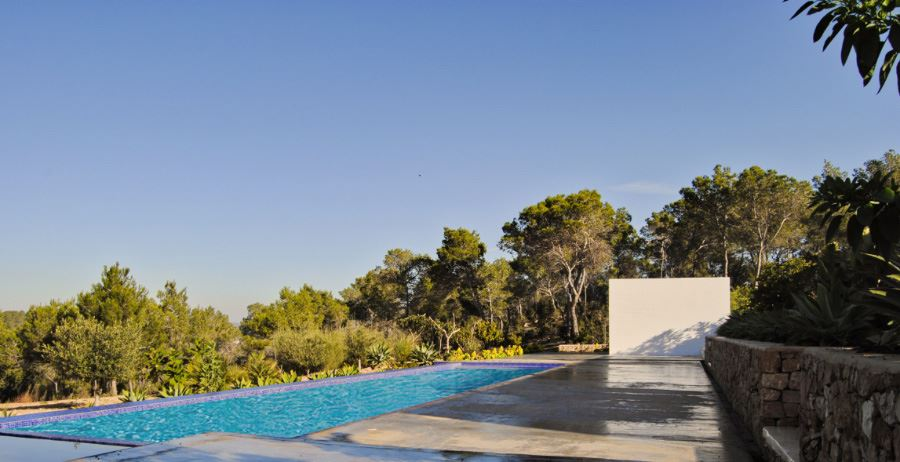 Newly built villa in San Augustin with big land