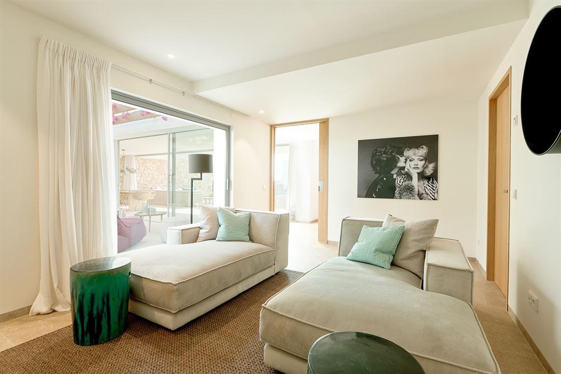 Luxury development including 15 luxury houses in Cala Comte