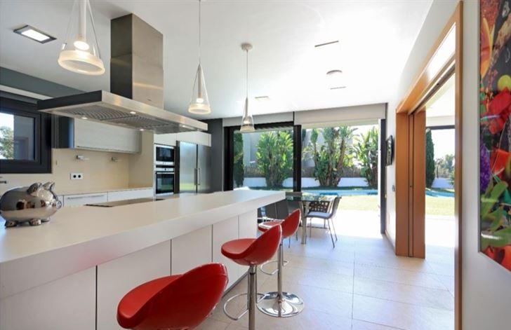 Fantastic modern villa near the city of Ibiza