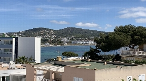 Exclusive apartment near Talamanca for sale