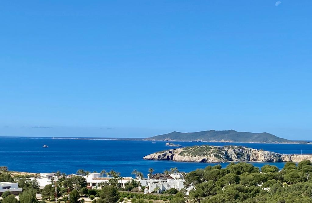 Nice plot with licence in Cap Martinet with unforgettable sea view and Dalt Villa