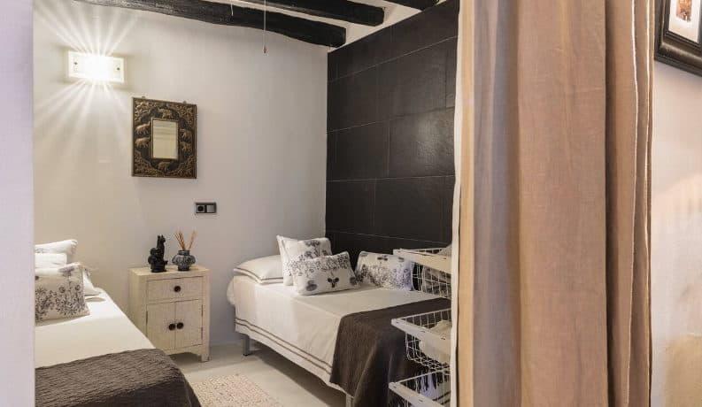 Suoerb apartment renovate in 2018 in Ibiza port