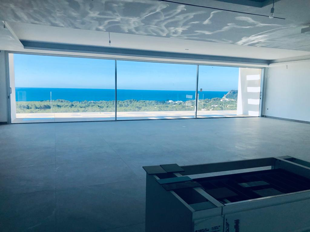Spectacular luxury villa with panoramic views of the sea