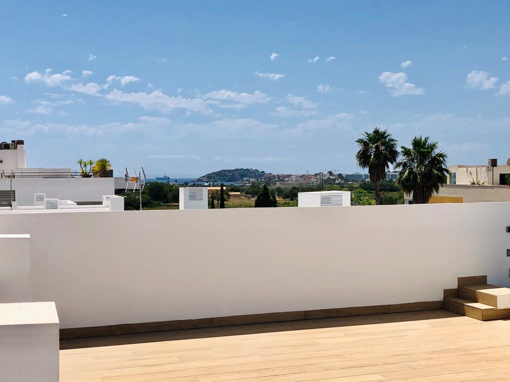Penthouse in Jesus with view to the sea and D'Alt Villa