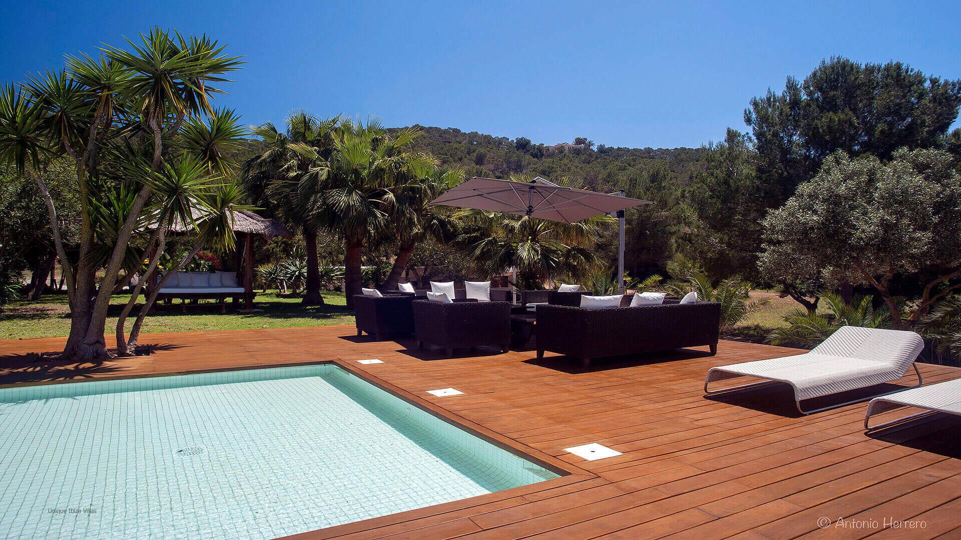 Villa located near Es Cavellet and Salinas beaches