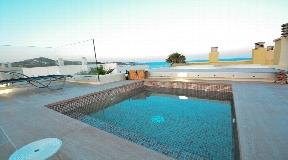 Wonderful semi-detached villa for sale in Dalt Vila