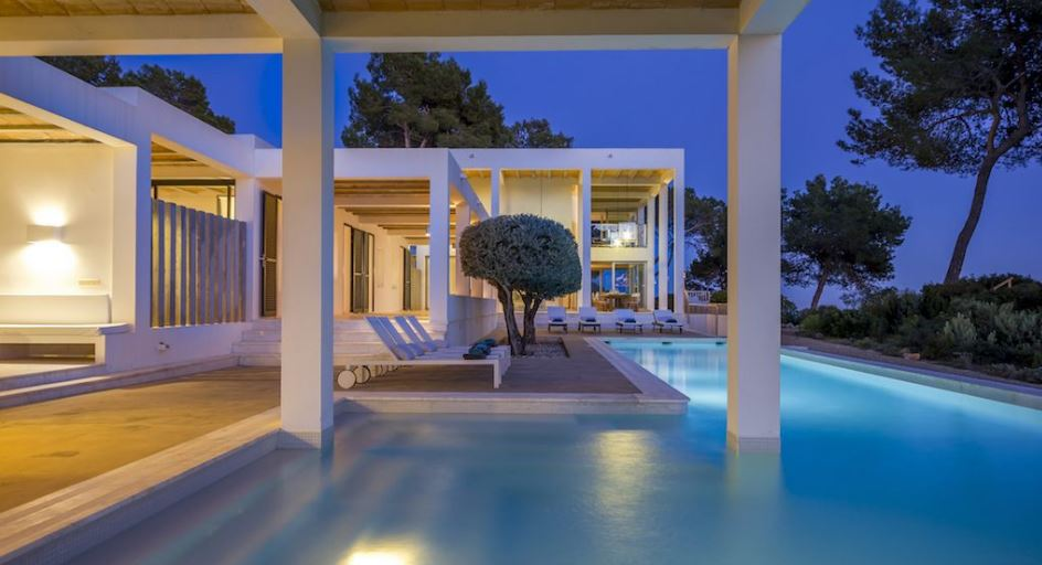 Contemporary design villa built by the godfather of Irish John Meagher