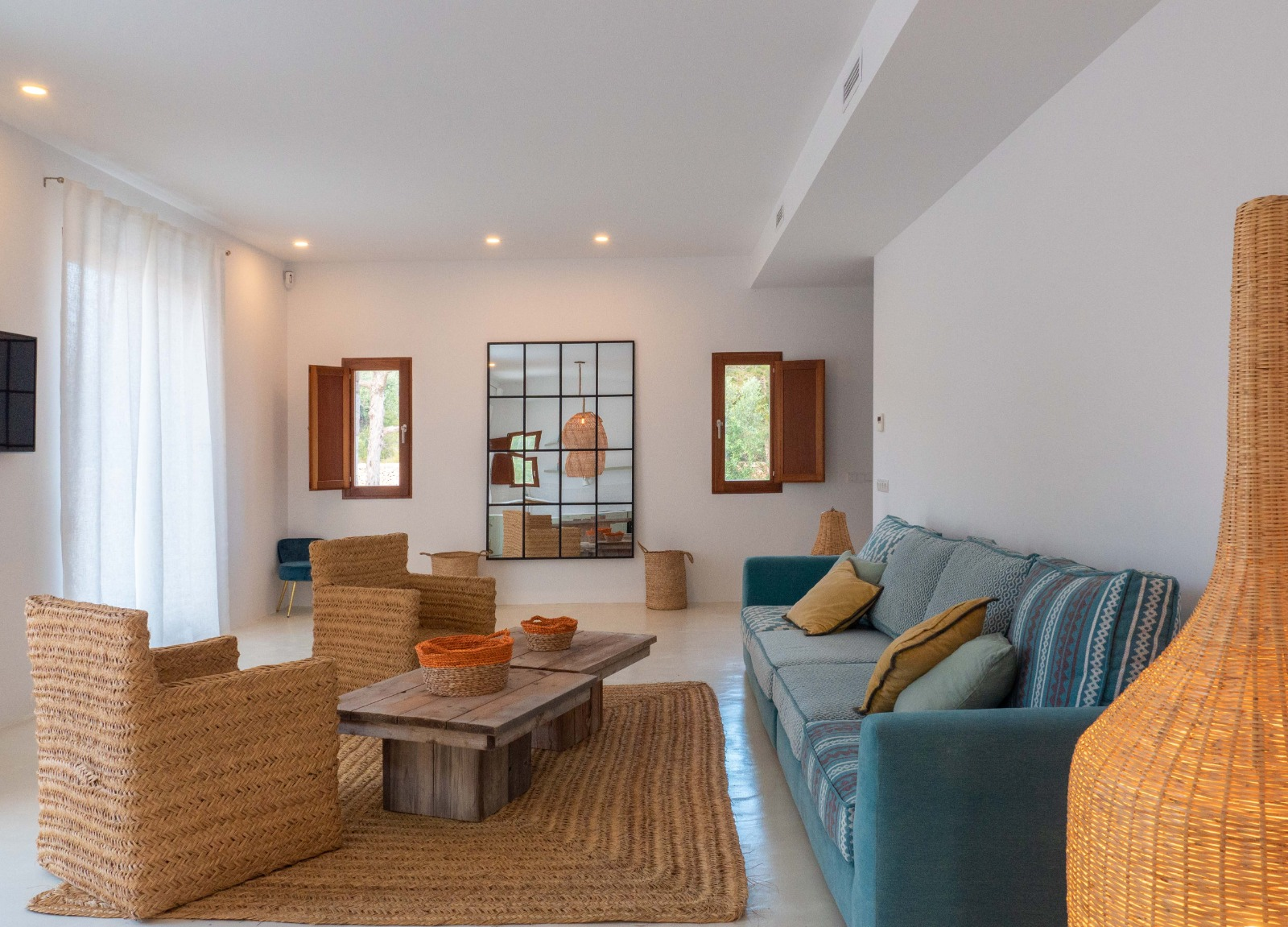Beautiful house in Formentera 900 meters from the beach for sale