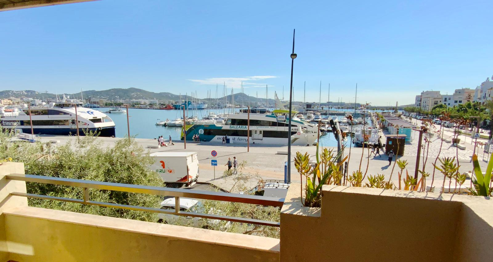 Apartment in the centre of Ibiza with views to the sea