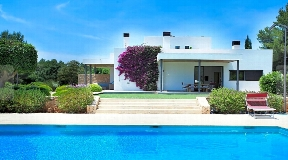Charming and spectacular finca with a tourist license near Santa Gerdrudis