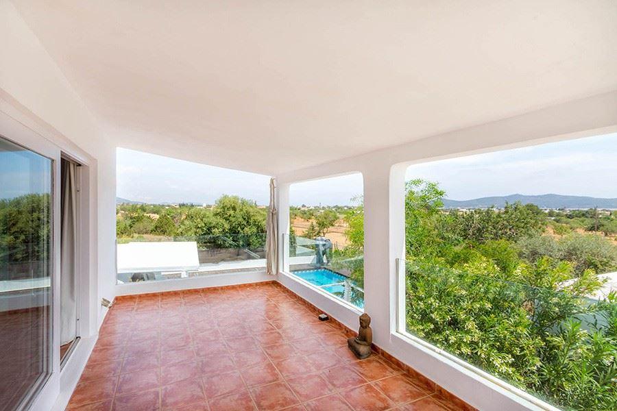 Villa for sale in Sa Caleta near the sea
