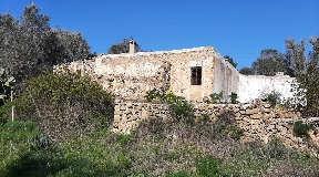 Beautiful Finca from the year 1900 in San Juan with 6 hectares of land