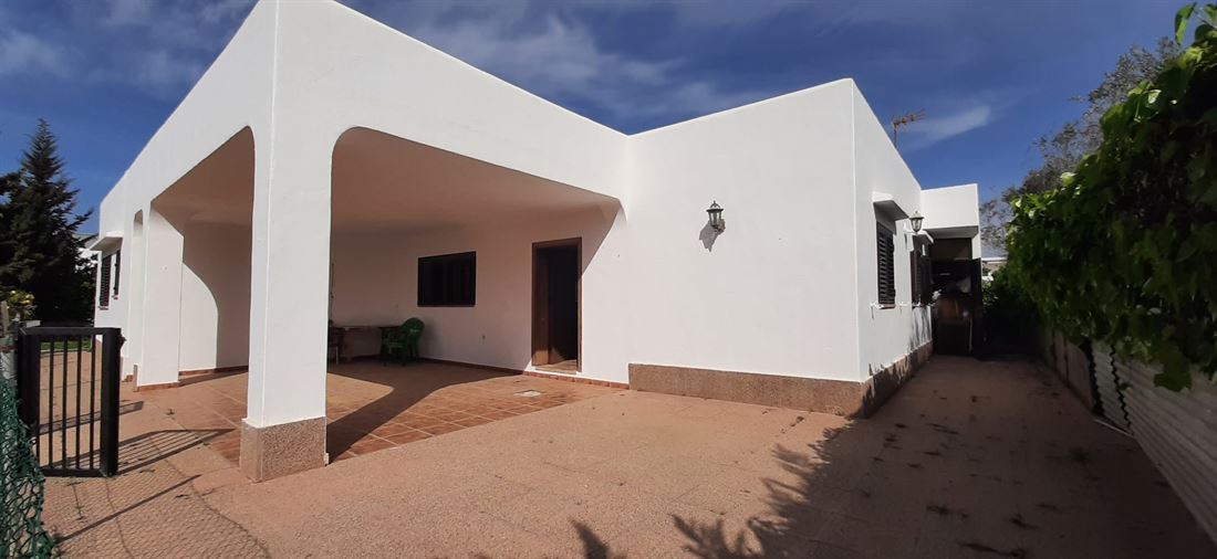 House for sale near to Ibiza with nice garden