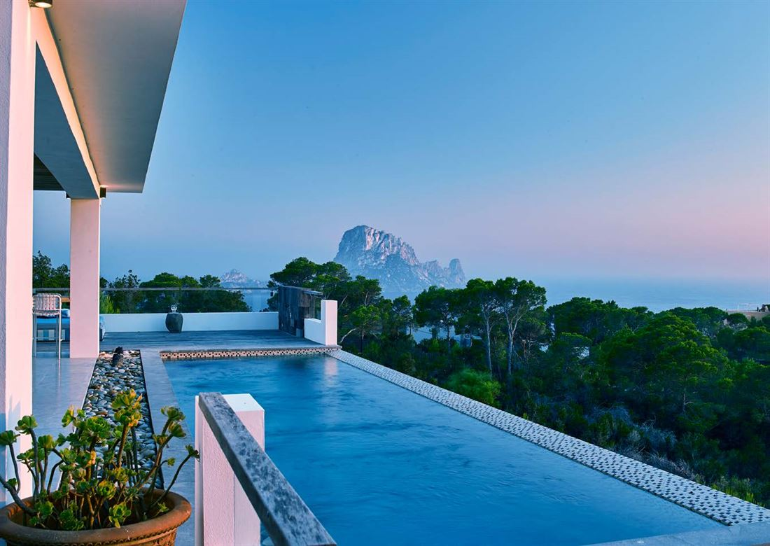 Newly built villa with magnificent views to the sea and Es Vedra