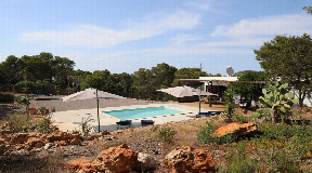 Beautiful house situated in a very quiet area on a hill in Cala Vadella
