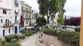 70m2 flat with 2 bedrooms and 1 bathroom in the heart of Dalt Vila