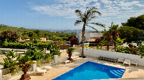 Renovated villa  in gated community of Can Furnet with amazing views to the sea and castle
