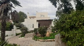 House with land of 470m2 in Playa den Bossa